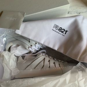 PS821 Alpha Sport White In Original Box Worn Once